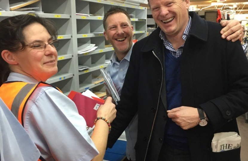 Richard Benyon Sorting Office Visit